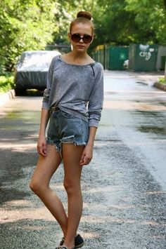 denim cutoffs and baggy sweaters