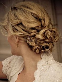 wavy long hairstyles updos for prom Wavy Long Hairstyles 2014