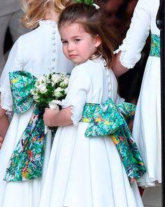Princess Charlotte Elizabeth Diana of Cambridge. Fans Page of Princess Charlotte of Cambridge (Run by fans) Royal Princess, Prince And Princess, Little Princess, Lady Diana, Princesa Charlotte, Royal Brides, Royal Weddings, Looks Kate Middleton, Eugenie Wedding