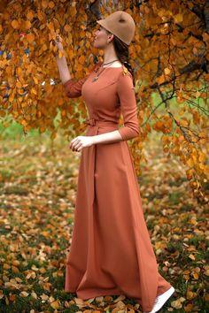 С наступлением осени каждая девушка задумывается что носить, чтобы не мерзнуть и выглядеть красиво. Особенно интересным этот вопрос ст...