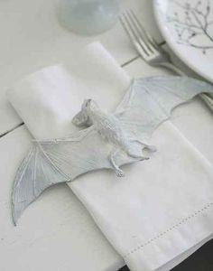 White Painted Bat Napkin Setting | 24 Beautiful And Stylish Ways To Decorate For Halloween