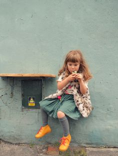 loving every single piece of her eclectic, offbeat look! | kindermode #estella #kids #fashion