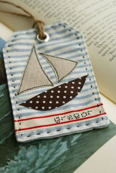 little sail boat applique for gift tags , boys clothes or bedding † How to Applique - tutorial from nanaCompany - using wonder-under & a sewing machine - basic, but some good tips. Sewing Appliques, Applique Patterns, Embroidery Applique, Machine Embroidery, Sewing Patterns, Hand Applique, Fabric Crafts, Sewing Crafts, Sewing Projects