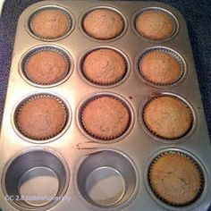 Dukan Diet Recipes – Chocolate and Cinnamon Oat Bran Muffins - they taste so artificial with Splenda sugar.it's better with Canderel sugar. Dukan Diet Plan, Dukan Diet Recipes, Oat Bran Muffins, Cinnamon Muffins, Chocolate Oats, Chocolate Recipes, Chocolate Muffins, Healthy Chocolate, Oat Bran Recipes