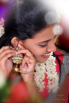 Chinni Beautiful Girl In India, Beautiful Girl Photo, Cute Girl Photo, Beautiful Indian Actress, Beautiful Models, Indian Long Hair Braid, Braids For Long Hair, Indian Wedding Poses, Indian Bridal