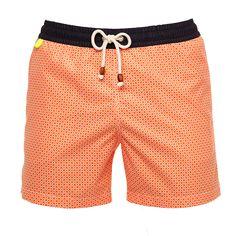 Découvrez le maillot de bain homme Orange Brazilian Lençois de Gili's. Ce short de bain homme haut de game sèche très vite et offre un coloris lumineux pour l'été. Gili's propose des produits mode et suit les tendances.
