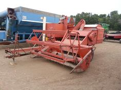 Allis-chalmers pull type combine.