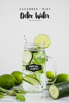 Feel tired and bloated from overindulging on holiday foods and sweets? It's time for a post-holiday detox drink. It's a healthy (and delicious) way to detox to cleanse toxins from your body. Enjoy it 30 minutes before breakfast or with a salad during lunch.
