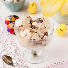 This easy no-churn Cadbury Creme Egg ice cream is delicious, simple to make and another great way to enjoy this popular Easter chocolate treat. Only three ingredients and no ice cream maker required! No Egg Ice Cream Recipe, Vegan Ice Cream, Ice Cream Recipes, Easter Chocolate, Chocolate Treats, Cadbury Chocolate, Chocolate Heaven, Frozen Desserts, Diy
