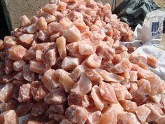 himalayan industrial salt high quilty salt lumps boulders all natural rock salt bulk quantity Himalayan Salt Mines, What Is Raw, Metal Processing, Gourmet Salt, Natural Salt, Natural Crystals, Bouldering, Industrial, Nutrition