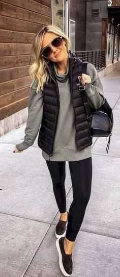 How To Wear Sweatshirt Outfits: 15 Fashion Girl Approved Style Tips - Outfits with leggings Street Style Outfits, Cute Fall Outfits, Winter Outfits Women, Casual Fall Outfits, Winter Fashion Outfits, Trendy Fashion, Autumn Winter Fashion, Cool Outfits, Fall Fashion