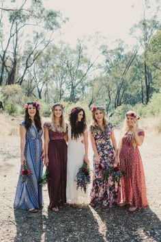 A thoughtfully styled bohemian wedding with every detail planned by the bride herself, Tahnee Kelland. Fall boho wedding ideas, fall floral bohemian wedding with shabby chic and rustic gown and dress style! Trendy Wedding, Wedding Styles, Dream Wedding, 2017 Wedding, Boho Wedding Ring, Barefoot Wedding, Light Wedding, Wedding Rings Simple, Relaxed Wedding