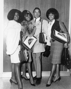 Diana Ross and The Supremes_001ADA (Diana Ross and the Supremes + Smokey Robinson)