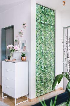 Source: rosegoldandmarble.de https://www.instagram.com/p/BUZb4vyAvhS/?taken-by=rosegoldandmarble.de#bedroom #makover #concrete #wall #wallmural #wallpaper  DIY self-adhesive wallmural