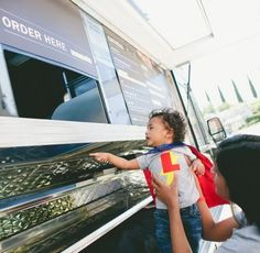 No chopping, no shopping, no baking, no pizza, no schlepping = no stress! Just hire one of these kid favorite trucks to cater your next birthday party.