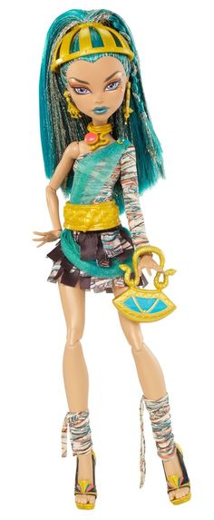 Amazon.com: Monster High Nefera de Nile Doll: Toys & Games