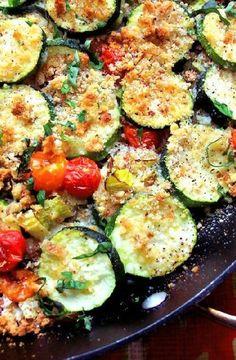 Low FODMAP Recipe and Gluten Free Recipe - Zucchini & tomato gratin    http://www.ibs-health.com/low_fodmap_zucchini_tomato_gratin.html