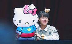 Woojin wanna one so cutee ☹️