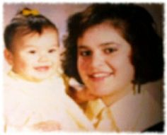 Picture of Jenni Rivera when she was young still a teenager and holding her new baby daughter Janney 'Chiquis' Marín Rivera. Rivera Family, Diva Quotes, Selena Quintanilla Perez, Hisoka, Jenni, Teenager Posts, My Idol, New Baby Products, Daughter