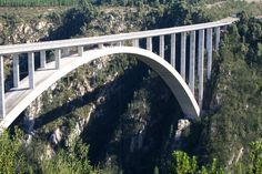 Bloukrans River Bridge in Natures Valley, Garden Route. Bungi jump the highest commercial bungi jump in the world! The Bloukrans Bungi Jump surpasses . Places Around The World, Around The Worlds, Bungee Jumping, Adventure Is Out There, South Africa, The Good Place, Travel Inspiration, Bridge, Bucket