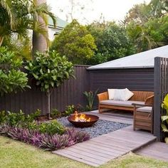 Beautiful Small Garden Design for Small Backyard Ideas Backyard Landscaping Backyard Ideas For Small Yards, Backyard Seating, Small Backyard Landscaping, Backyard Fences, Garden Seating, Landscaping Ideas, Mulch Landscaping, Patio Ideas, Firepit Ideas