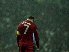 Für Cristiano Ronaldo und Portugal wird es eng mit eine WM-Teilnahme. (Foto: Jose Coelho/dpa)