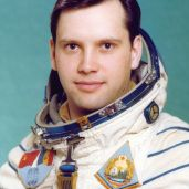 First Romanian Cosmonaut Dumitru Dorin Prunariu. Romania People, Visit Romania, Places Worth Visiting, Central And Eastern Europe, City People, Romanian Food, Important People, History Facts, Countries Of The World