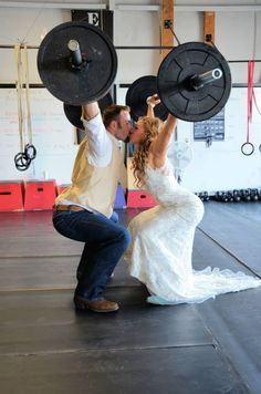 Crossfit couple; this is absolutely adorable