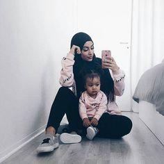 admin@gina.makki ♥♥♥♥♥♥♥♥ #dope#hijab#style#fashion#fashionista #fashionable #fashionaddict #beautiful #beauty#pretty#loveher#muslimah #muslimahfashion #girls#girl#streetstyle #streetwearfashion #streetwear #flawless #fleek#chic#elegant #elegance #modern #modest #trendy#stunning#style