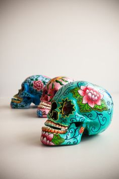 PAINTED SKULLS - are these done yet?? I think not. Still luv em!