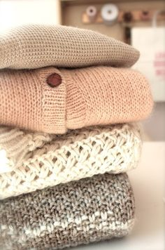 ..ash brown with oatmeal & accent of blush...