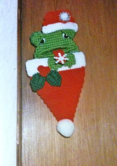 Frog Ornament Needlepoint Plastic Canvas by Cathygiftsandthings, Plastic Canvas Christmas, Plastic Canvas Crafts, Plastic Canvas Patterns, Frog Ornaments, Christmas Ornaments, Christmas Stuff, Frog Crafts, Crafts To Do, Types Of Craft