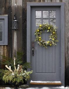 How to hang a wreath on the front of a craftsman door - Quora