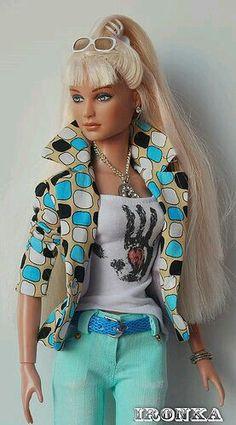 Tonner Flirt Fatale Kit OOAK outfit fashion by Ironka Barbie Dress, Barbie Clothes, Barbies Dolls, Dolls Dolls, Diva Dolls, Poppy Parker, Beautiful Barbie Dolls, Barbie Collection, Barbie World