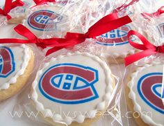 oh I like these Just change it to Washington capitals Canadian Party, Hockey Party, Birthday Ideas, Birthday Parties, Logo Cookies, Cookie Favors, Edmonton Oilers, Washington Capitals, Montreal Canadiens