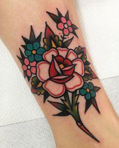 Rose Tattoos Old School Tattoo Ideen - Rose Tattoos Old School . - Rose Tattoos Old School Tattoo Ideen – Rose Tattoos Old School _ rose tattoos al - Diy Tattoo, Tattoo Henna, Tattoo Fonts, Tattoo Ideas, Tattoo Names, Tattoo Salon, Tattoo Quotes, Tattoo Designs, Tattoo Old School