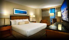 Es una habitación. Mucho habitacións en el hotel.