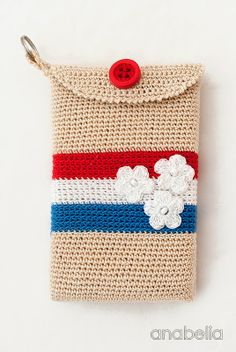 Crochet smartphone cover, by Anabelia