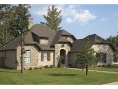 French Country House Plan with 1810 Square Feet and 3 Bedrooms(s) from Dream Home Source | House Plan Code DHSW53563