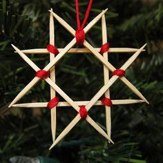 DIY STAR : DIY Wooden Star Ornament