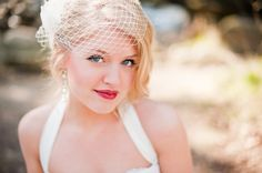 I like the placement of this birdcage veil. Happy Wedding Day, Great Gatsby Wedding, Dream Wedding, Wedding Headpiece Vintage, Wedding Veils, Wedding Headpieces, Wedding Dresses, Wedding Hair And Makeup, Bridal Hair