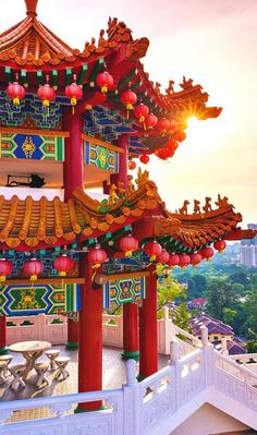 Thean Hou Temple | Kuala Lumpur In 24 Hours - 5 Things To Do In One Day In Malaysia's Capital | City Travel Guide | via @Just1WayTicket