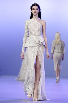 Elie Saab Haute Couture Spring Summer 2014 Paris - NOWFASHION