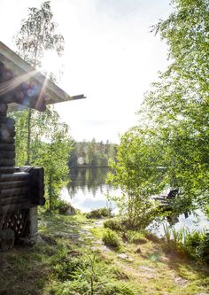 Summer cottage near a lake in Finland. Taste Of Nature, Summer Memories, Lake Cottage, Picnic Time, Summer Dream, Cabins In The Woods, Lake Life, Countryside, Beautiful Homes