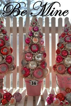Pink Bottle Brush Tree pink hearts glass vintage by RuinBibber Valentine Tree, My Funny Valentine, Valentine Day Love, Valentine Day Crafts, Vintage Valentines, Holiday Crafts, Holiday Fun, Valentine Ideas, Printable Valentine