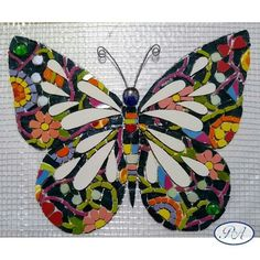 Mosaic Art, Mosaic Glass, Stained Glass, Butterfly Mosaic, Projects To Try, Birds, Halloween, Crafts, Mosaic Artwork
