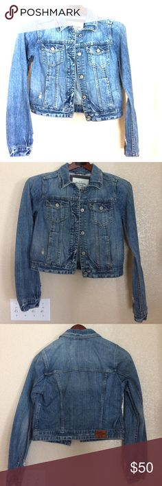 Abercrombie & Fitch Denim Jacket Size L Silver tone hardware. Medium wash. 100%cotton button up front, four front pockets, destroyed details. Size Large. Great Condition worn twice. Smoke free. No trades Abercrombie & Fitch Jackets & Coats Jean Jackets