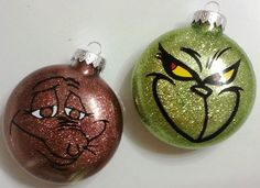 The Grinch and Max Set of 2 Glass Christmas Ornaments Whoville Christmas, Grinch Stole Christmas, Diy Christmas Tree, Homemade Christmas, Christmas Holidays, Christmas Bulbs, Felt Christmas, Grinch Christmas Tree Decorations, Geek Christmas Gifts