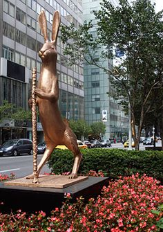 whimsical art sculptures - Google Search Rabbit Sculpture, Sculpture Art, Unusual Art, Park Avenue, Animal Sculptures, Whimsical Art, Exhibit, Rabbits, Giraffe