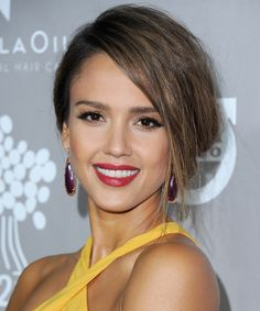 Jessica Alba's Holiday Dinner Includes a Jalapeño Turkey—and More Festive Fun from InStyle.com